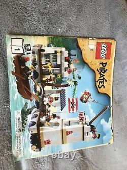 3 Lego Sets! Lego Pirates Imperial Flagship, Loot Island, and Soldiers Fort